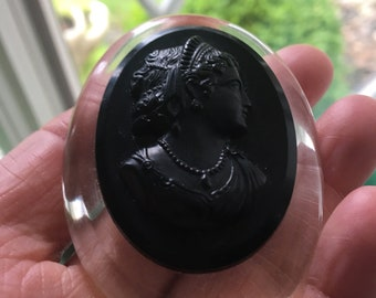 """Vintage  Black Cameo Bakelite/Lucite? 2.5"""" Mourning Cameo Brooch Pin"""