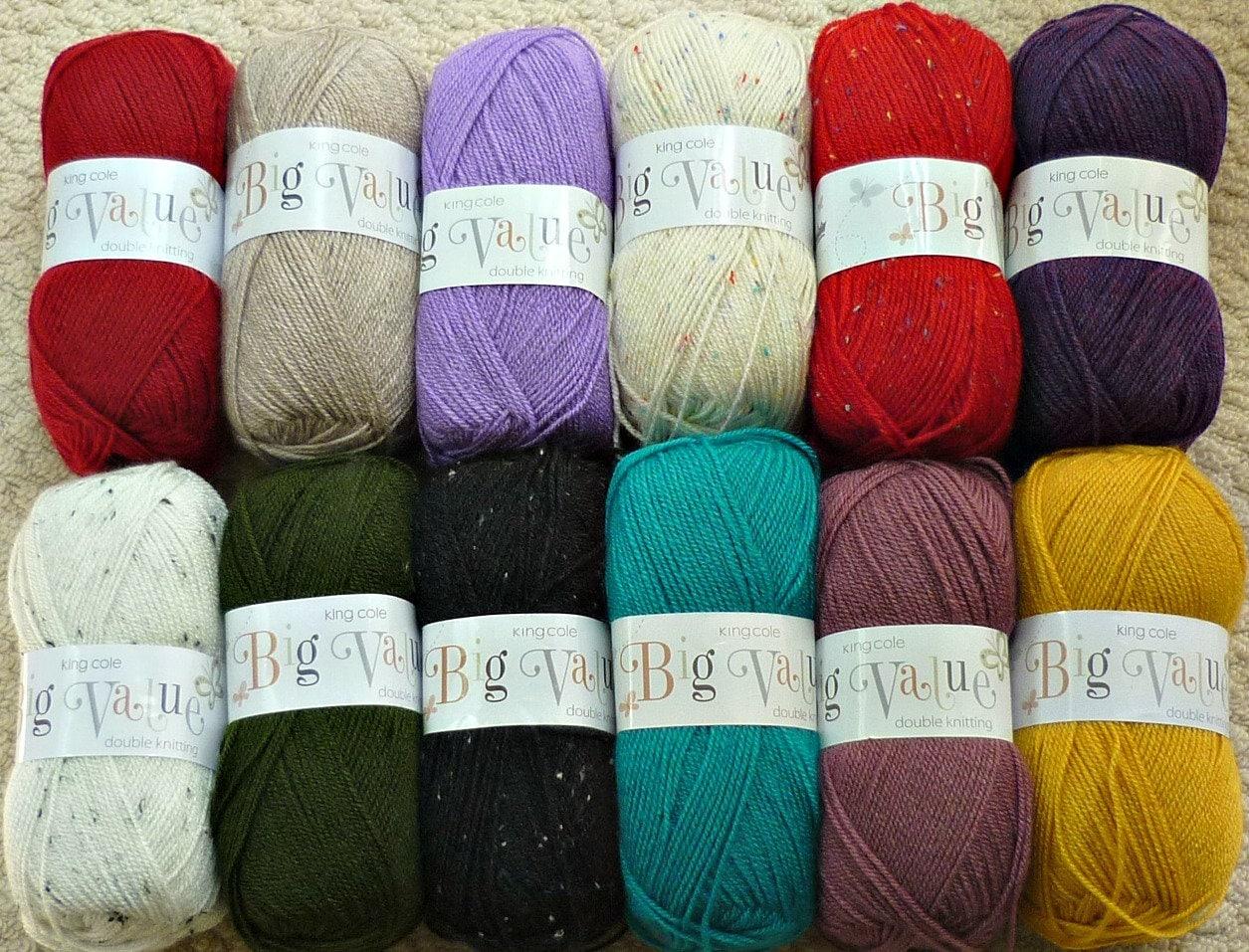 Boy/'s Hooded /& V Neck Jumpers Knitting Pattern King Cole DK 3407