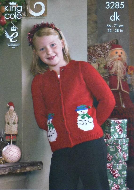 Weihnachten Mädchen Jungen stricken Muster K3285 Childrens Santa Schneemann Strickjacke Pullover Pullover stricken Muster DK (leichte Kammgarn) King