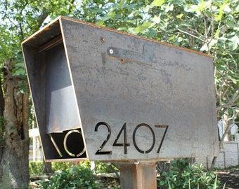 The Dexter Custom Mailbox - Steel Modern Metal Letter Box