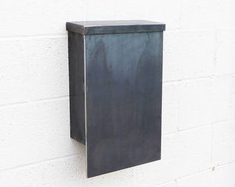 The Andover Mailbox - Steel Modern Metal Letter Box