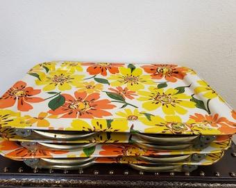 1960's Lavada Metal Flower Lap TV Trays / Vintage Set Of 4 Lap Trays / Hippie Flower Child Decor / Boho Kitchen Decor / Vintagesouthwest