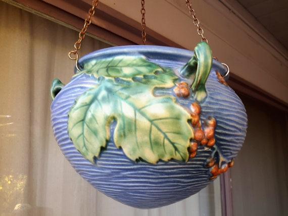 Roseville Bushberry Pottery Hanging Planter Pot Jardiniere Etsy