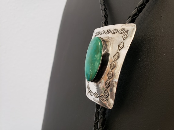 Native American Turquoise Bolo Tie / Vintage Sterl
