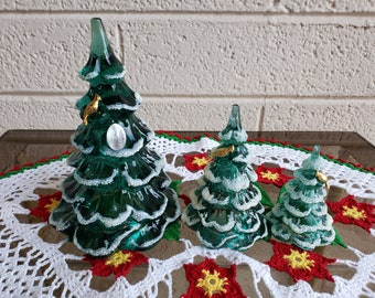 Fenton Glass Christmas Tree Trio / Frosted Tree With 14K Gold Plated Partridge Bird / Green Christmas Trees Holiday Decor / Vintagesouthwest