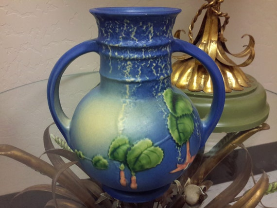 Roseville Pottery Blue Fuschia Vase 1939 Dual Handle Fuschia