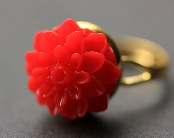 Red Mum Flower Ring. Red Chrysanthemum Ring. Red Flower Ring. Adjustable Ring. Handmade Flower Jewelry.