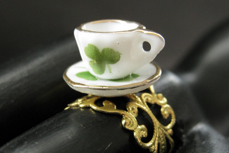Porcelain Teacup Ring. Green Clover Tea Cup Ring. Gold image 0