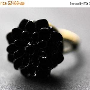 Handmade Flower Jewelry. Adjustable Ring Purple Chrysanthemum Ring Lavender Purple Flower Ring MOTHERS DAY SALE Purple Mum Flower Ring