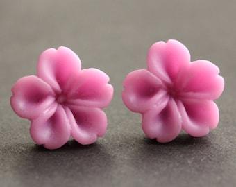 Lilac Flower Earrings. Lilac Purple Earrings. Silver Post Earrings. Innie Flower Button Jewelry. Stud Earrings. Handmade Jewelry.