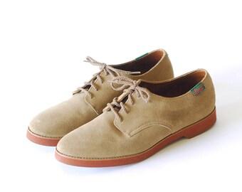 vintage Bass tan suede lace up shoes / size 10.5