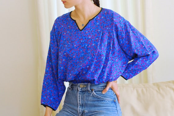 vintage Flora Kung blue silk print blouse / size s