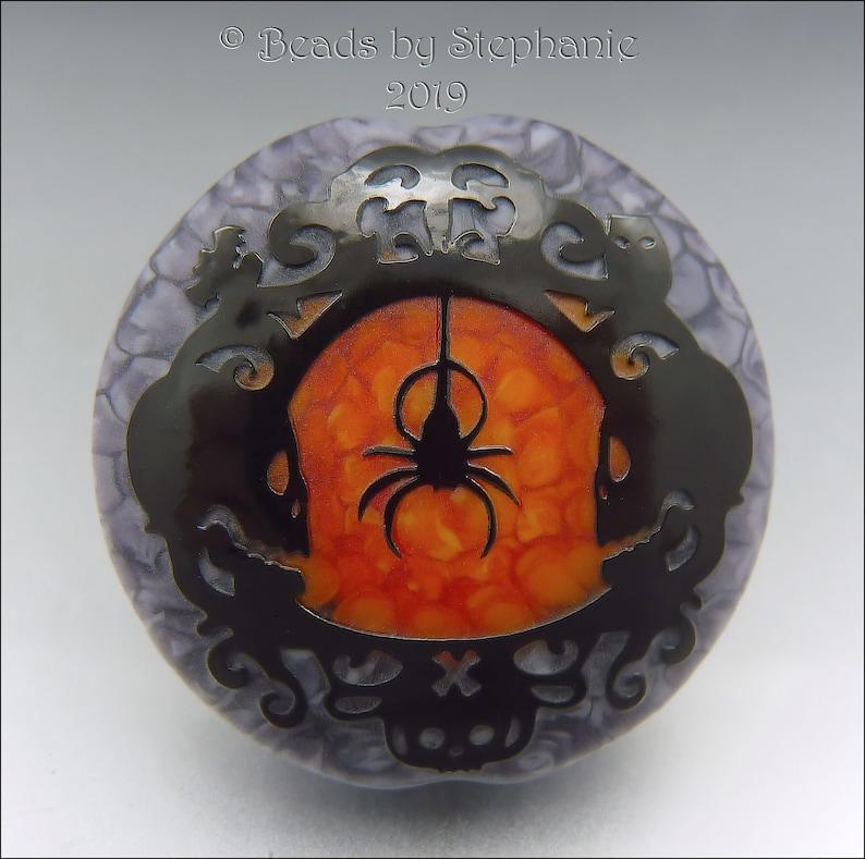 SPOOKY SPIDER & SKULLS   Sandblasted Lampwork Focal Bead   image 0