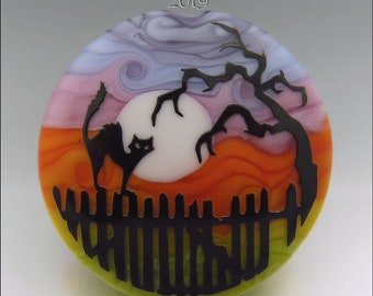 SPOOKY CAT on a FENCE –  Sandblasted Lampwork Focal Bead  –  Made to Order - Halloween Pendant Bead - by Stephanie Gough sra fhfteam leteam