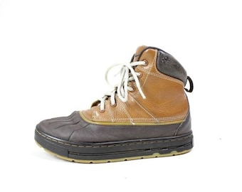 best sneakers fc3c4 a68b0 50% OFF STORE CLOSING Vintage Retro Youth Brown Leather Nike Outdoors Hiking  Boots Shoes Size 4Y