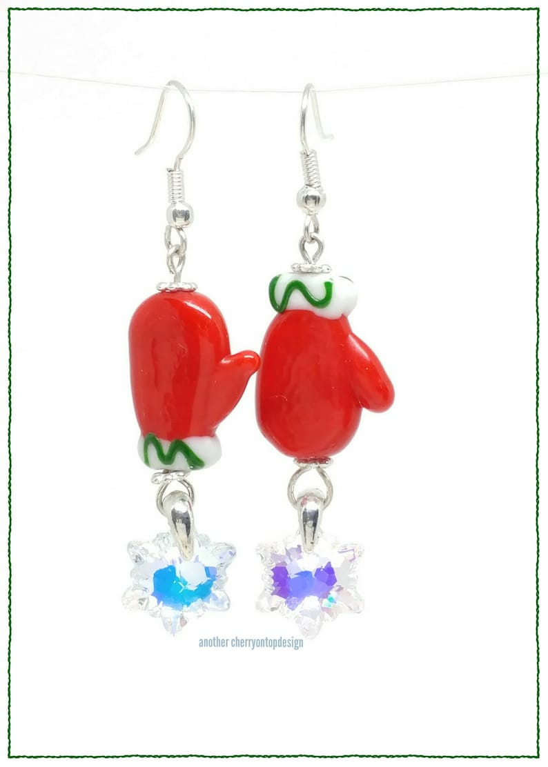 Mitten earrings  snowflakes  crystal ab  red green  image 0