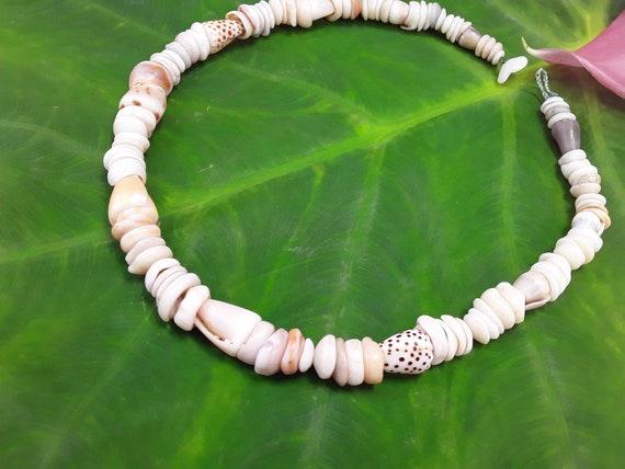 Shell Necklace Kauai Necklace Shell Lei Kauai Shells Shell Necklace Hawaii Shell Jewelry Rare Shells Beach Jewelry