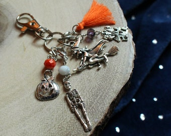 Progress Keepers Tassels Haunted House Witch Halloween Notions Keychain Skeleton For Knitters and Crocheters