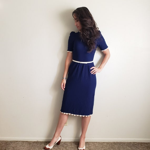 1970s does 1940s Style Vintage Knit Dress Navy and