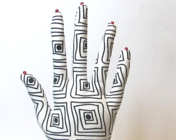 Op Art Square Black & White HAND-Stand ~ Jewelry Display ~ Ready to Ship!