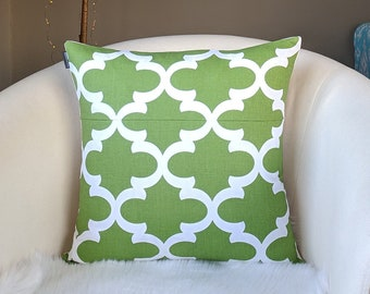 "Dark Green Moroccan Print Pillow Cover 18"" x 18"""