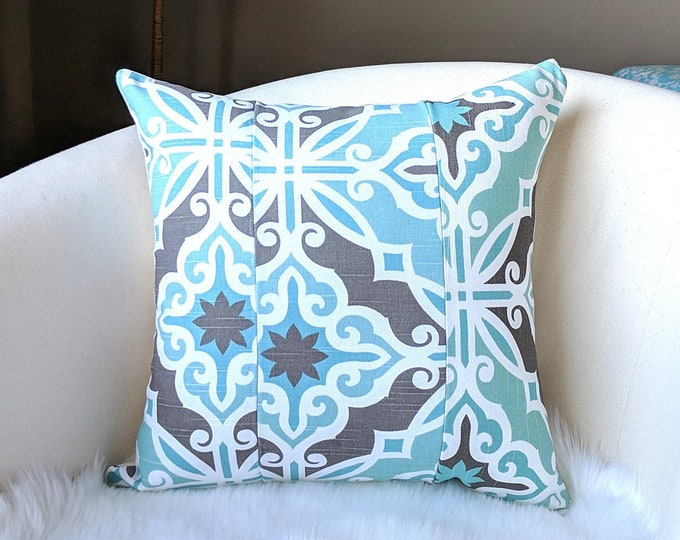 """Patchwork Blue Moroccan Tile Print Pillow Cover, 18"""""""