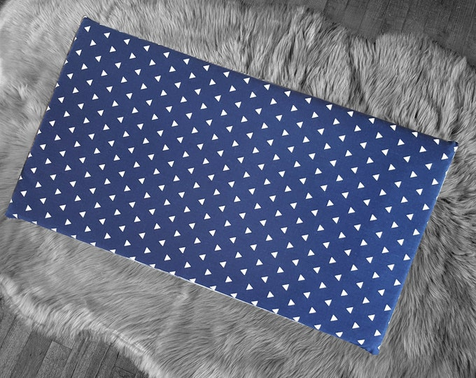 Cover for Kids Bench Pad, Navy Blue Triangle Shapes