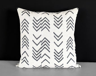 African Mud Cloth Arrows Pillow Cover