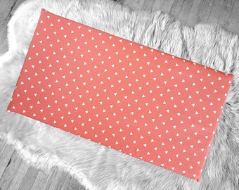 Cover for Kids Bench Pad, Coral Pink Triangle Shapes