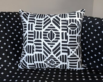 White Black Geometric Tribal Print Pillow Cover, 18""