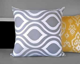 Gray Bold Teardrop Pillow Cushion Cover 18""