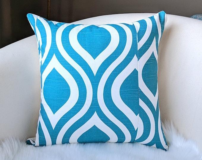 Retro Wavy Teardrop Aquarius Blue Pillow Cover