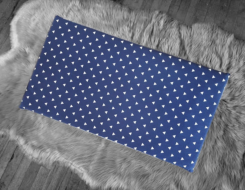 Cover for Kids Bench Pad Navy Blue Triangle Shapes
