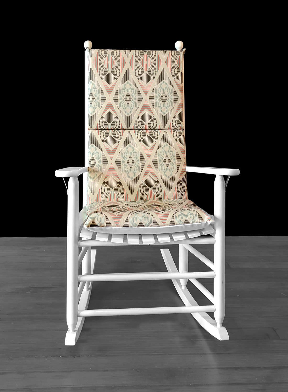 Miraculous 70S Style Rocking Chair Pad Vintage Era Rocking Chair Dailytribune Chair Design For Home Dailytribuneorg