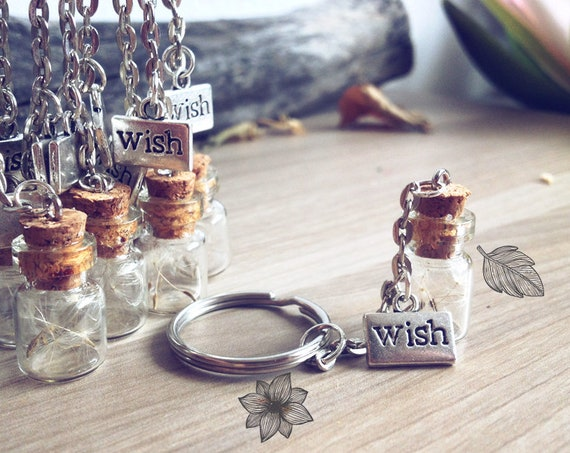 Dandelion Keychain. Make a wish bottle keychain. Dandelion seeds vial wish tibetan silver medal. Whimsical gifts dreamy wedding commun