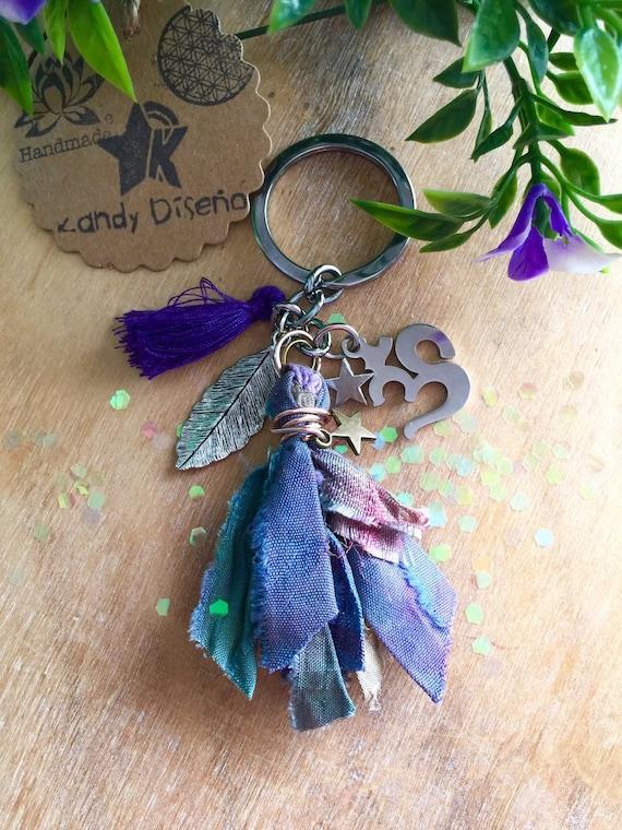 Charm Tassel Keychain OHM. Yoga keychain. Namaste Key Ring. Ohm Keychain Handmade Silk Tassel. Om Yoga Gifts. Yogi gifts. Spiritual Gift