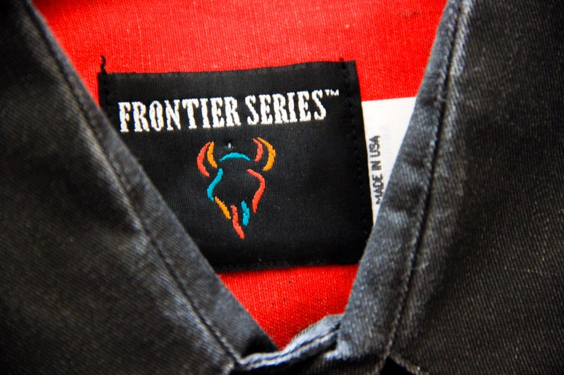 Vintage 1980s  1990s Frontier Series Deadstock NWT Country Western Button Up Shirt Black With Colorful Stripes Size Medium Made in USA