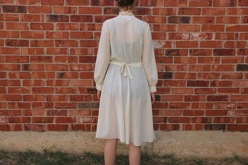2dd7f9881 Vintage 1970s JCPenney Fashions Off White   Cream Long Sleeve