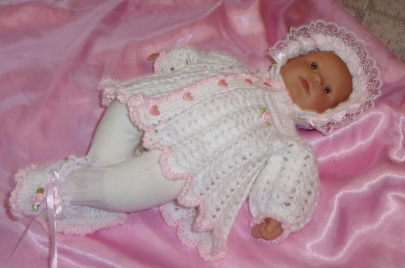 4f8f0bb36 Crochet Baby Girl Pink And White Sweater Set Bonnet Booties