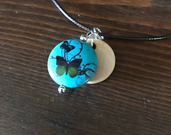 Wood Essential Oil Diffusing Necklace