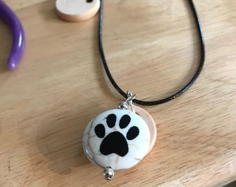 Paw and Wood Easential Oil Diffusing Necklace