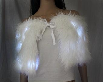L.e.d Light Up White Fur Wrap / Shrug