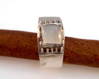 Square Moonstone Cabochon Fine Silver Band Ring