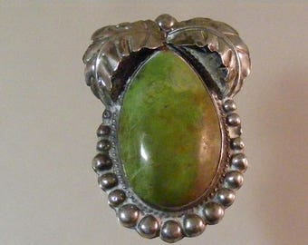 Vintage Southwest Green Turquoise Sterling Silver Pendant.....  Lot 5527