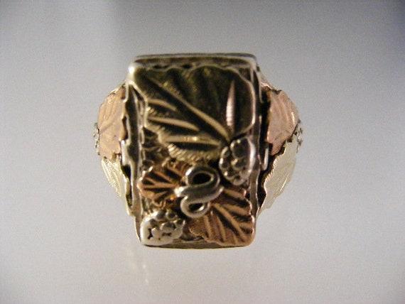 Vintage Tri Color Black Hills Silver Mens Ring....