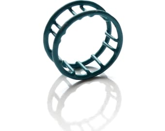 Cage ring in turquoise, 75% OFF, made by hand from recuperated copper electric wire, powdercoated blue, made in Quebec, size 8