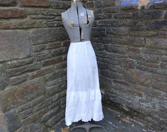 vintage women's skirt petticoat linen cotton tea dress edwardian 1900's textiles cottage chic shamrocks