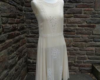 vintage women's dress flapper 1920's chiffon wedding bridal art deco ivory beaded textiles