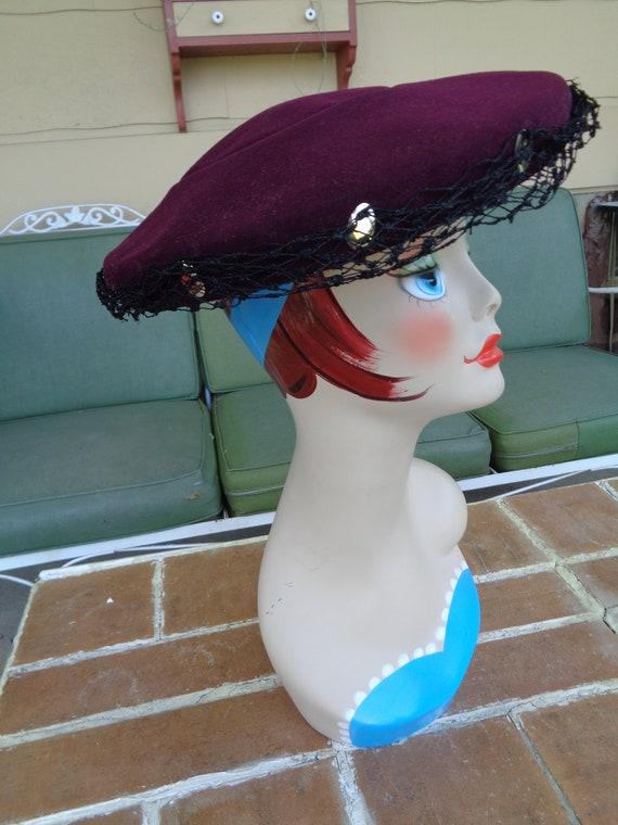 vintage women's hat 1940's wool purple platter fe… - image 1