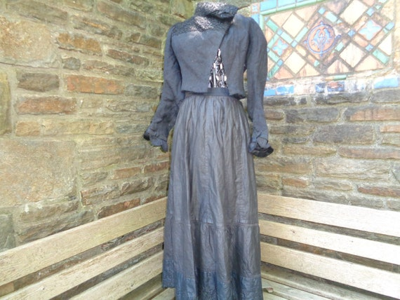 Antique women's bodice clothing Victorian Edwardia